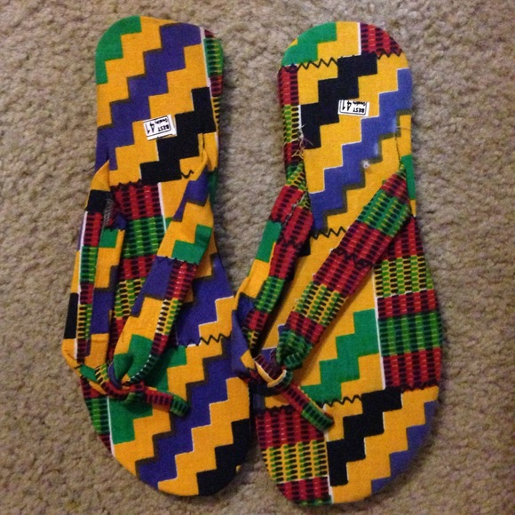 3374f63fb5203 African slippers NWT