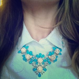 Jewelry - Blue Blossom Bib Necklace