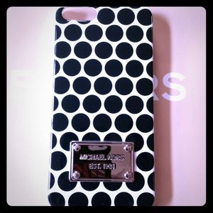 Brand New Michael Kors Iphone 5 Case
