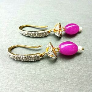 Cubic zirconia & fuchsia earrings with pearl
