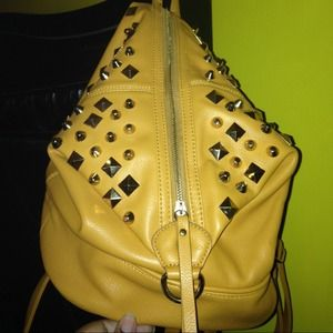 Shoedazzle backpack purse