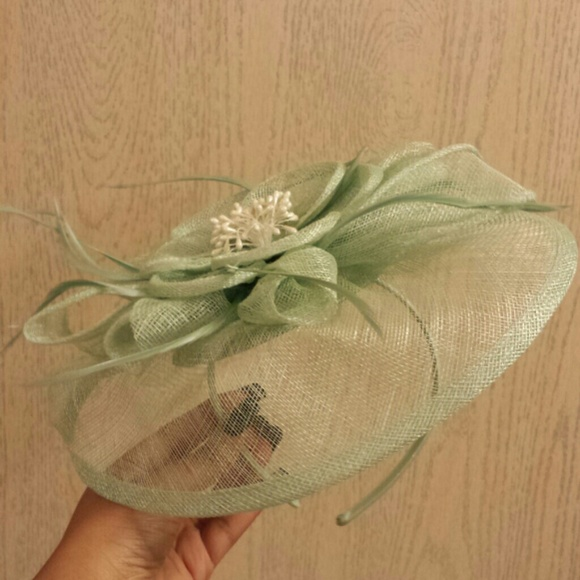 August Accessories Accessories - Light Green Fascinator df74be05805