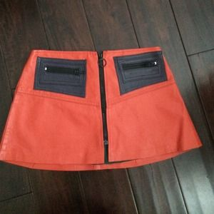 VINTAGE RED LEATHER MINI SKIRT FROM TEL AVIV