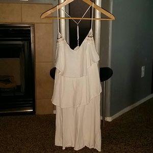 Dresses & Skirts - Cute beach dress