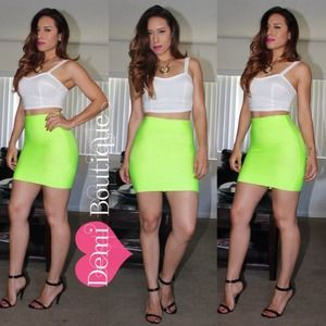 Apple green bandage skirt