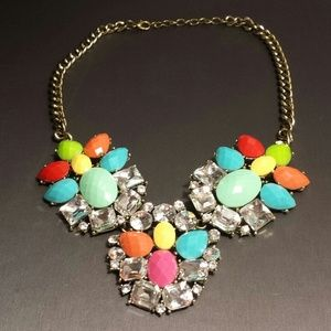 NEW! Colorful crystal bib statement necklace