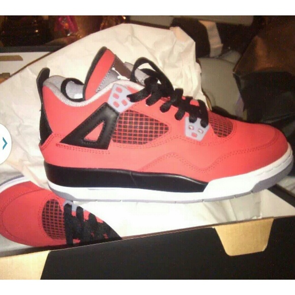 100 Authentic Nike Air Jordans NEW IN BOX