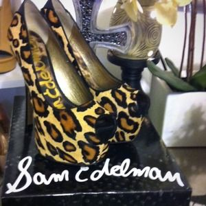 ✖️SOLD ON EBAY✖️Sam Edelman Alexa Pump in Leopard
