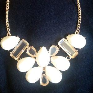 NEW Faux Rhinestone Bib Necklace