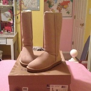 Womens classic tall sand beige UGG boots brand new