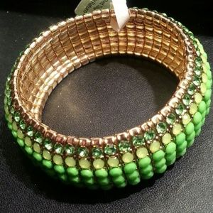 Green sparkle stretch bracelet