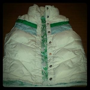 REDUCED!! Old Navy puff vest size small