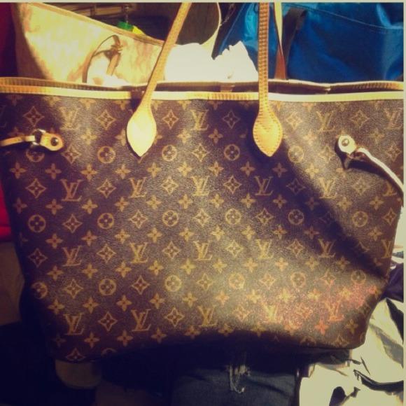 b51ae1ffaef6 Louis Vuitton Handbags - Louis Vuitton Mono Nvrfl