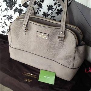 kate spade Handbags - RESERVED bundle: Kate Spade tote & JCrew necklace