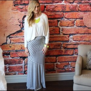 Heather grey striped print knit maxi skirt