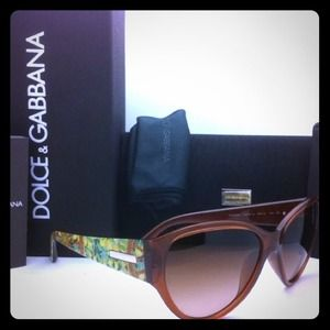 100% authentic Dolce & Gabbana sunglasses NWT