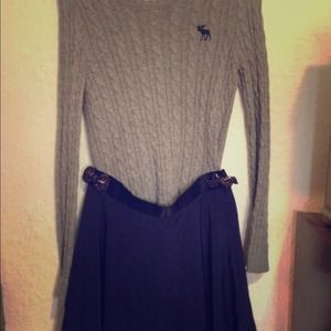 Abercrombie & Fitch sweater+navy skirt