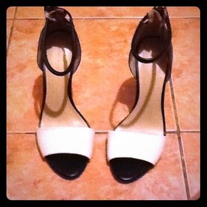 Zara high heels RESERVED