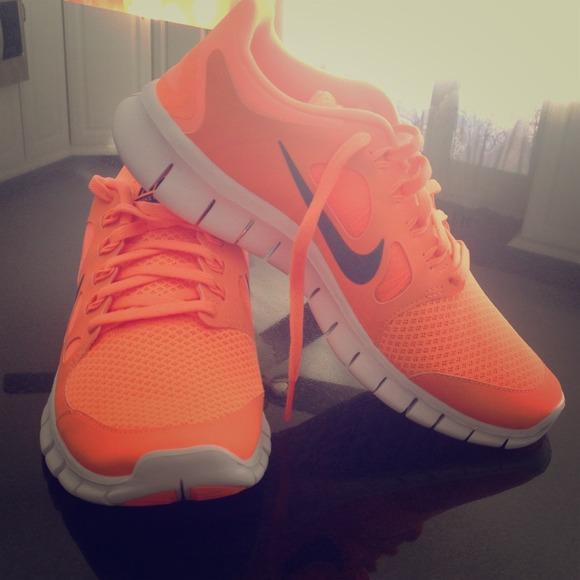Nike Formateurs Orange Fluo