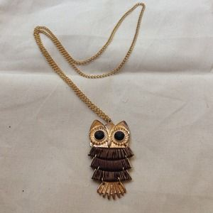 ❌SOLD in bundle! Cute owl pendant necklace!