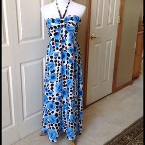 Blue/Black/White Flowers Print Maxi Dress
