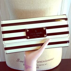 EDITORS PICKKate Spade Patent Striped Wallet
