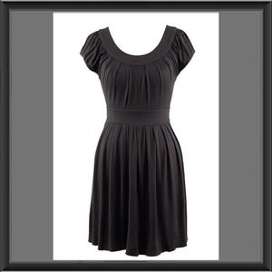 💥Host Pick💥 Black Scoop Neck Dress size 18/20
