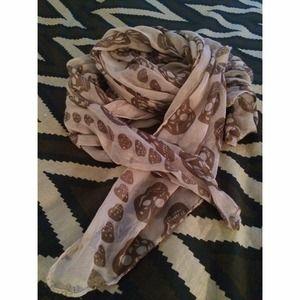 Beige skull scarf