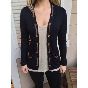 ❌SOLD in bundle! Cache navy and gold cardigan!