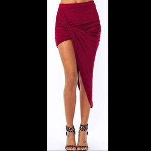 NEW Sexy Burgundy High-Low Draped Maxi Skirt🎀