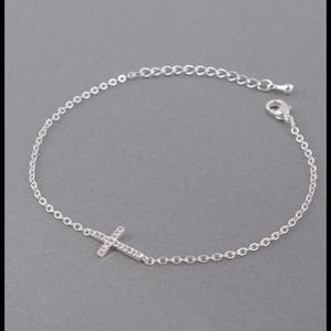Hannah Beury Jewelry - Sideways Cross Bracelet