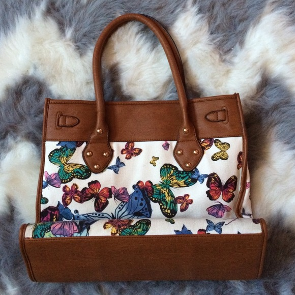 ALDO Handbags - 🐚 ALDO Butterfly Handbag 3