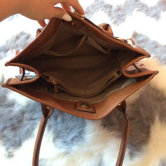 ALDO Handbags - 🐚 ALDO Butterfly Handbag 4