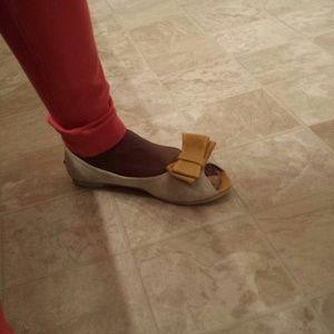 Shoes - Peep toe bow knot flats