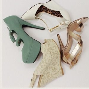 Seafoam Green Spring Mary Jane Platforms