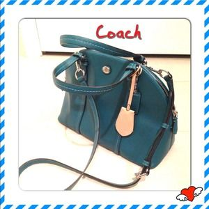 Coach Peyton Signature Cora Domed Satchel NWOT