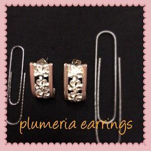 Jewelry - 🌸Sterling Silver Plumeria Earrings🌸
