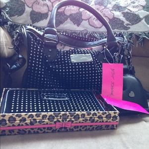 Betsey Johnson matching wallet & purse NWT