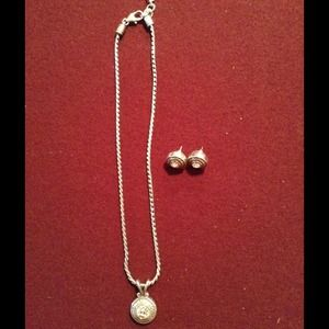💗Brighton matching necklace & earrings