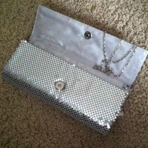 Magid Evening Bags - Silver mesh clutch