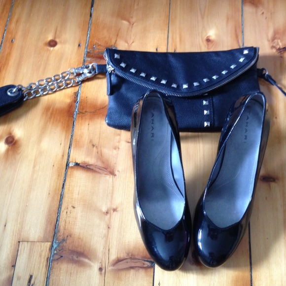 Tahari Shoes - Tahari patent black heels