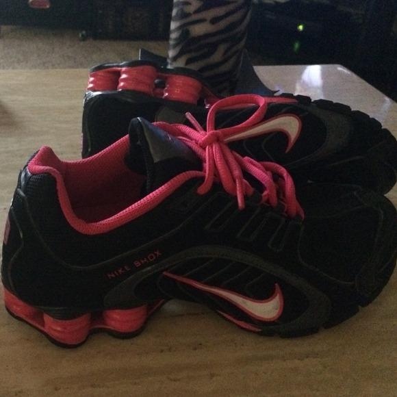 Nike Shox R4 Womens Black Pink Silver