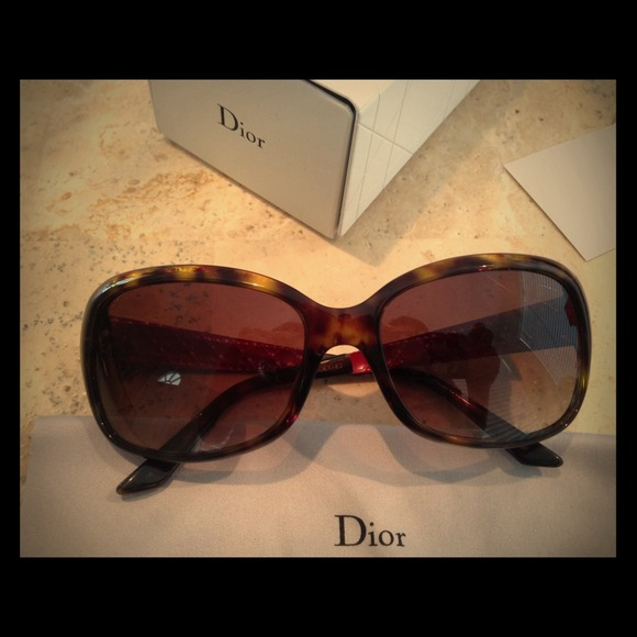e442719a727 81% off Dior Accessories - Dior