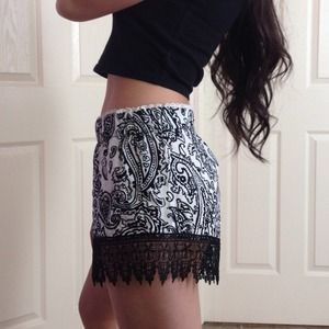 Shorts - NWT Black and White Shorts 2