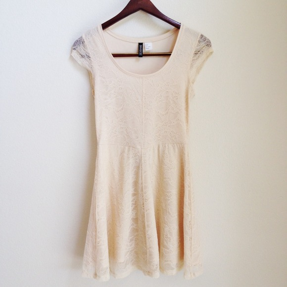 Dresses - RESERVED Beige lace dress 2