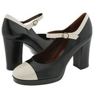 HP • MARC JACOBS MARY JANE PUMPS