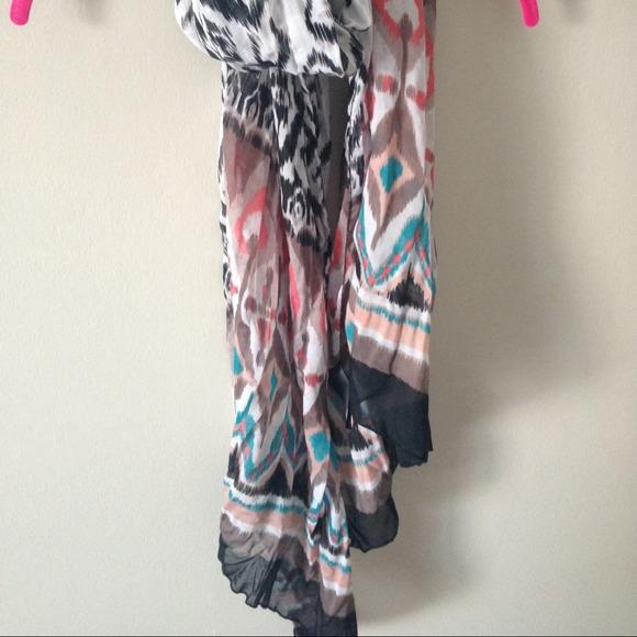 H&M Accessories - Tribal multicolored scarf