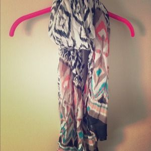 H&M Accessories - Tribal multicolored scarf