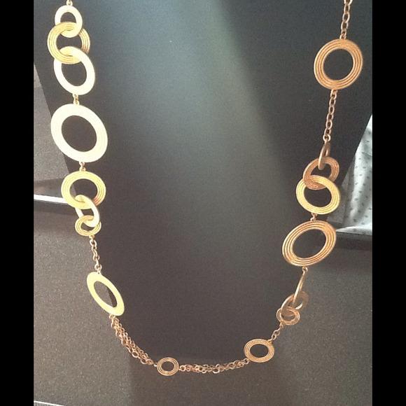 Dress For Success Nottingham Necklace