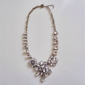 Jewelry - NEW Crystal Collage Necklace